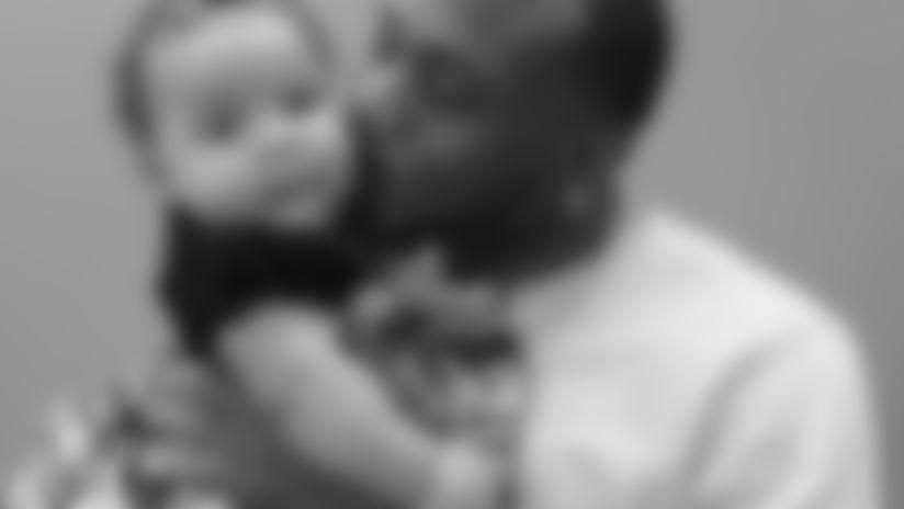 Artavis Scott's baby girl Kaylyn – 8.5 months