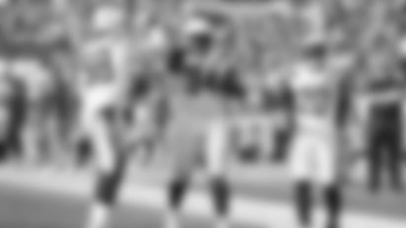 Big Man Run! Corey Liuget Picks up Fumble for 24 Yards