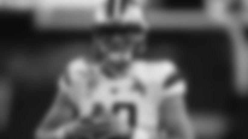 Washington quarterback Jacob Eason (10) warms up before the first half of an NCAA college football game Saturday, Nov. 23, 2019, in Boulder, Colo. (AP Photo/David Zalubowski)