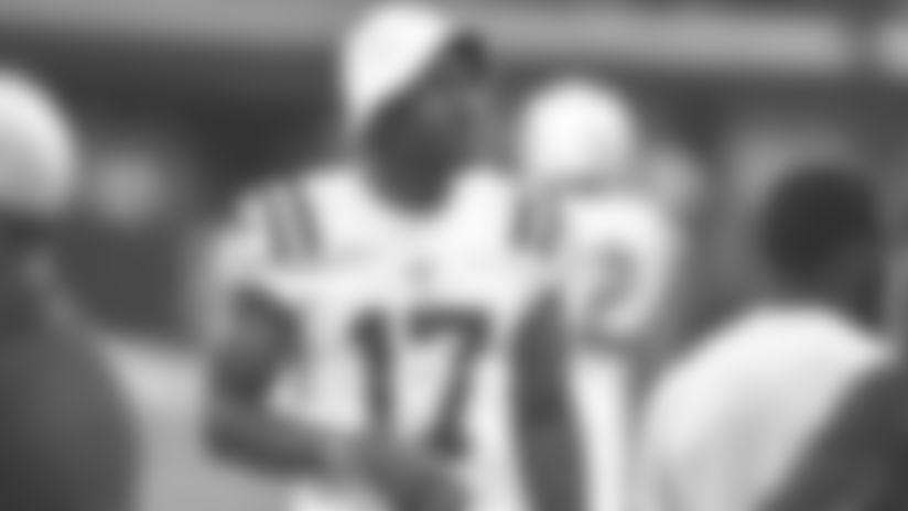 081719_funchess-browns-sideline