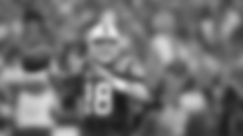 2010_peyton-manning-throw-giants_622.jpg