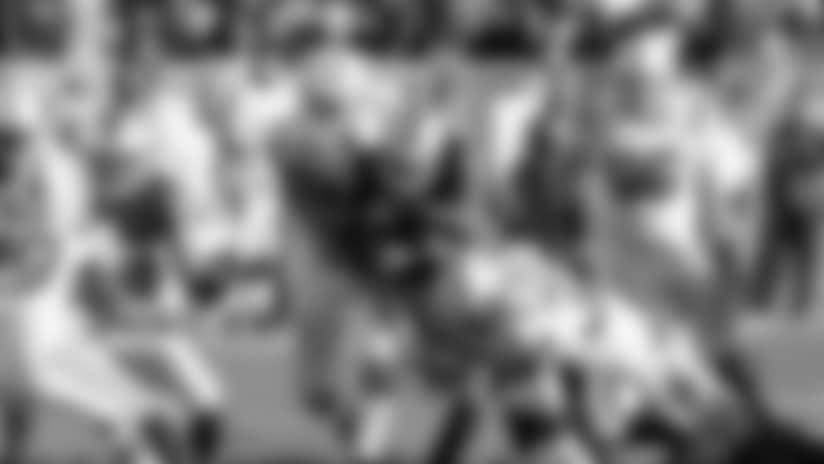2016_colts-raiders-morrison-green-tackle-ap_622.jpg