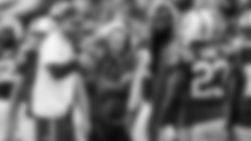 091717_luck-sidelines-cardinals_622.jpg