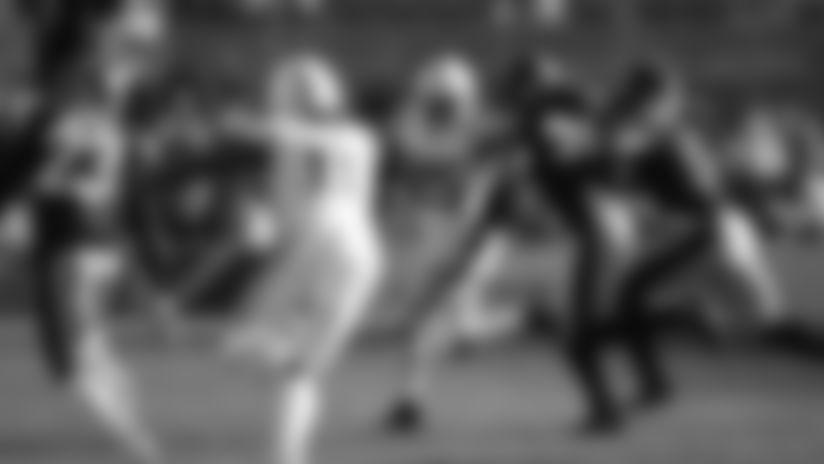 HIGHLIGHT | Quenton Nelson's Block Helps Spring Marlon Mack's 24-Yard Run