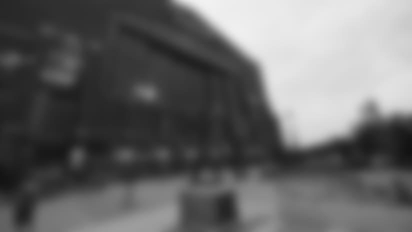 082518_lucas-oil-stadium-exterior