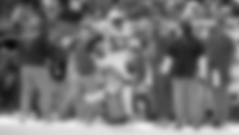 HIGHLIGHT | Darius Leonard Baits Jameis Winston Into 80-Yard Pick-Six