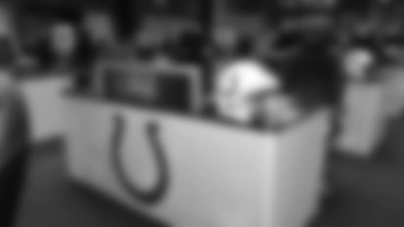 042718_colts-draft-table-ap_622.jpg