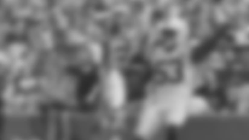 "Hays and Sons Player Spotlight: ""The Maniac"" LB Darius Leonard"