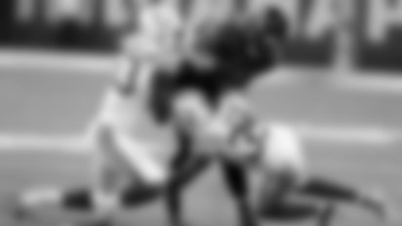 082018_ind-bal-leonard-desir-tackle-ap
