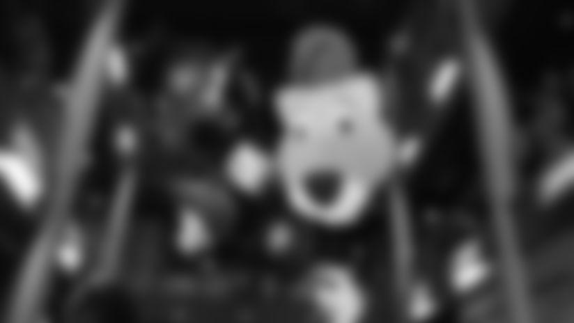 2019_1211_Mascot_HOF_0002