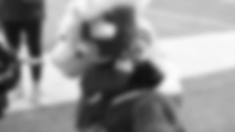 temp2018_0412_WishForOurHeroes_570--nfl_mezz_1280_1024.JPG