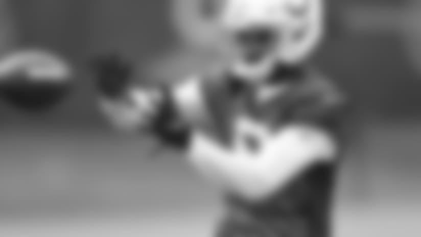 051218_rookie-minicamp-cain-catch_622.jpg