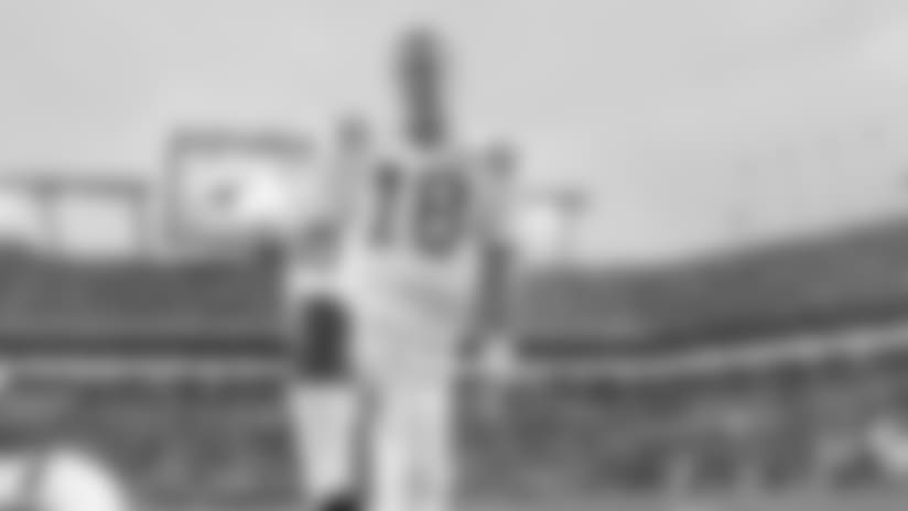 Peyton Manning Statue Coming Outside Lucas Oil Stadium In 2017
