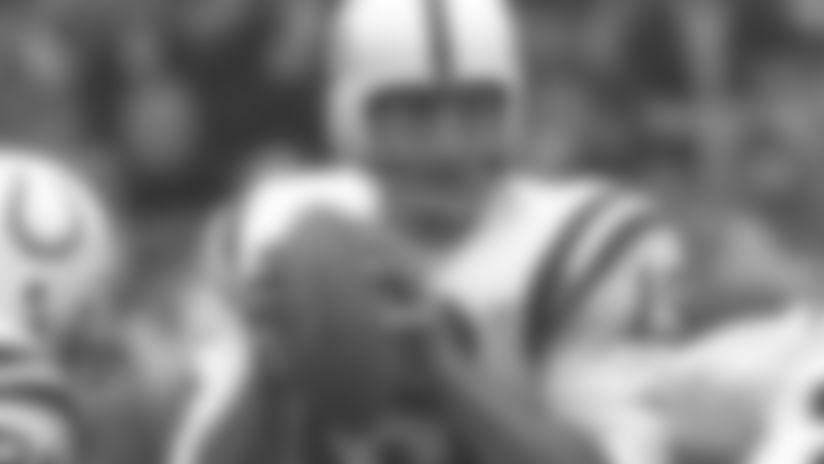 Baltimore Colts quarterback Johnny Unitas (19) looks to pass the ball circa 1967. (Tony Tomsic via AP)
