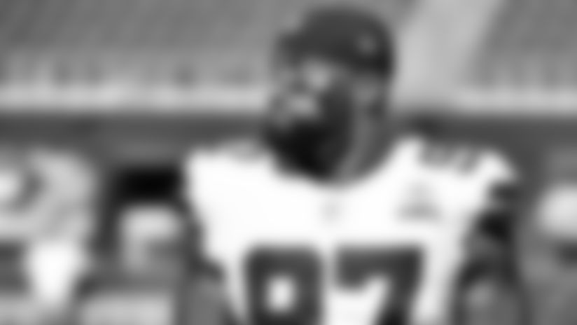 Everson Griffen Reacts With Happiness To The Dallas Cowboys Trading Him