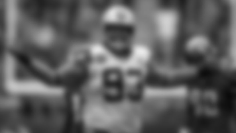 Cowboys-Finalizing-Deal-With-Pro-Bowl-DT-McCoy-hero