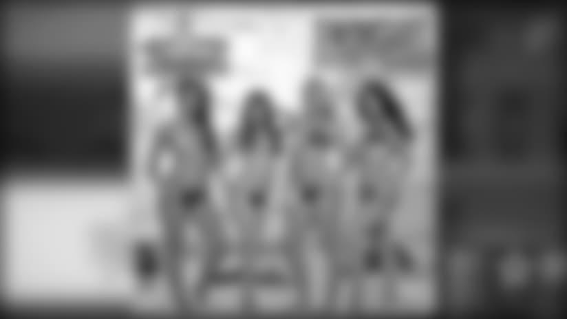 2018 Dallas Cowboys Cheerleaders Calendar Release