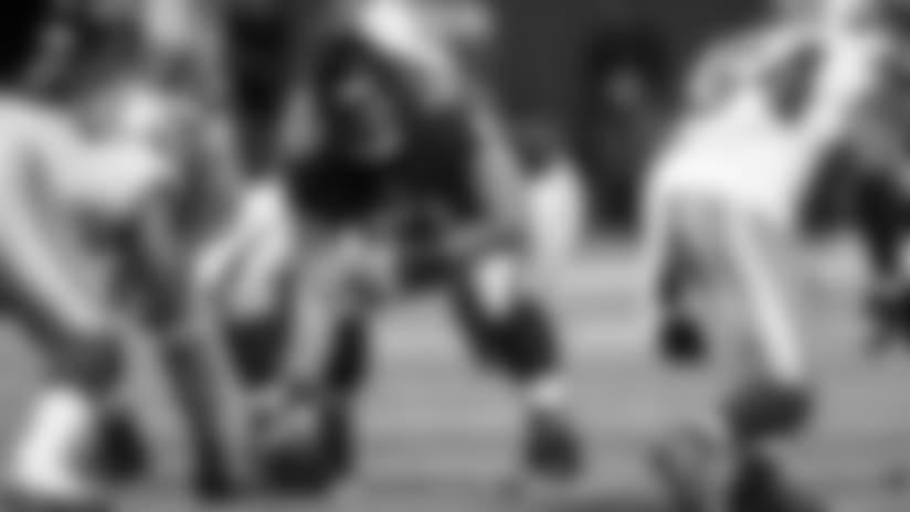 Meet-Fredericks-Competition-For-NFLs-Best-Center-hero