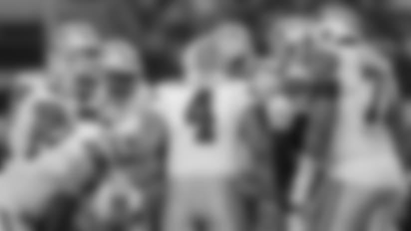 Resumen y profundidad de cada posición ofensiva en la plantilla de los Cowboys