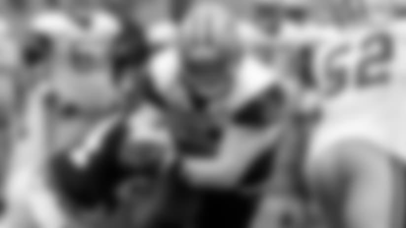 Zeke-Tavon-and-Jaylon-Catching-Jerry-Jones-Eye-hero