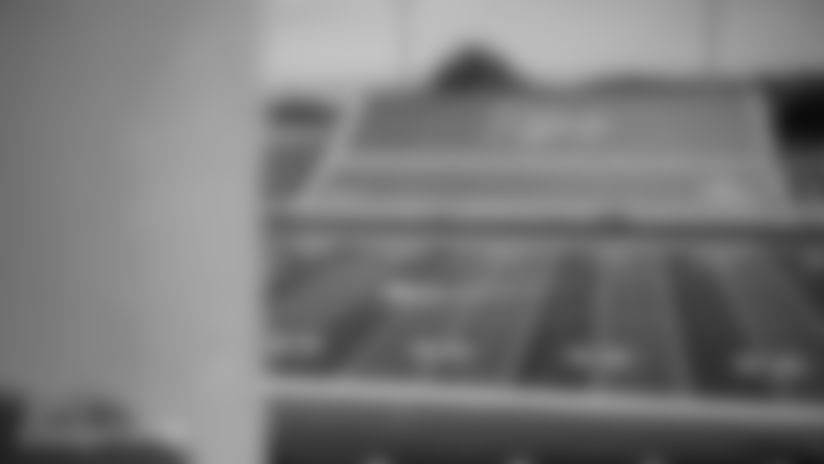 013020-NikeTrazPowellUnveilingCeremony-CG014