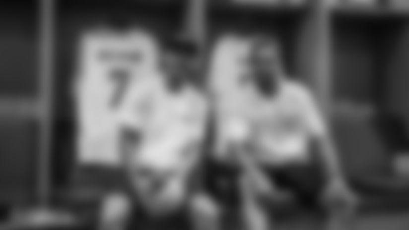 DOLPHINS DARKROOM: Antoine Griezmann & Koke Visit Hard Rock Stadium