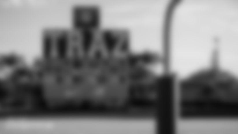 013020-NikeTrazPowellUnveilingCeremony-CG038