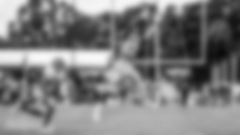 DOLPHINS DARKROOM: Joint Practice 1 | Dolphins & Buccaneers
