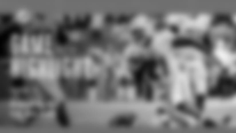 Frank Gore Bursts Through For 32-yard Gain