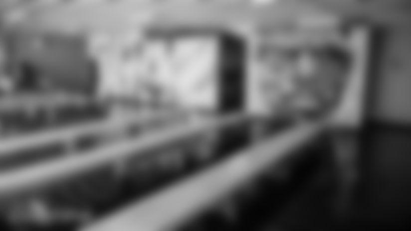 013020-NikeTrazPowellUnveilingCeremony-CG011