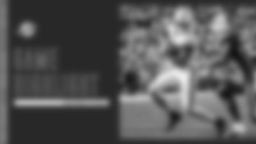 DeVante Parker Catches Pass, Bulldozes For 12-Yard Touchdown