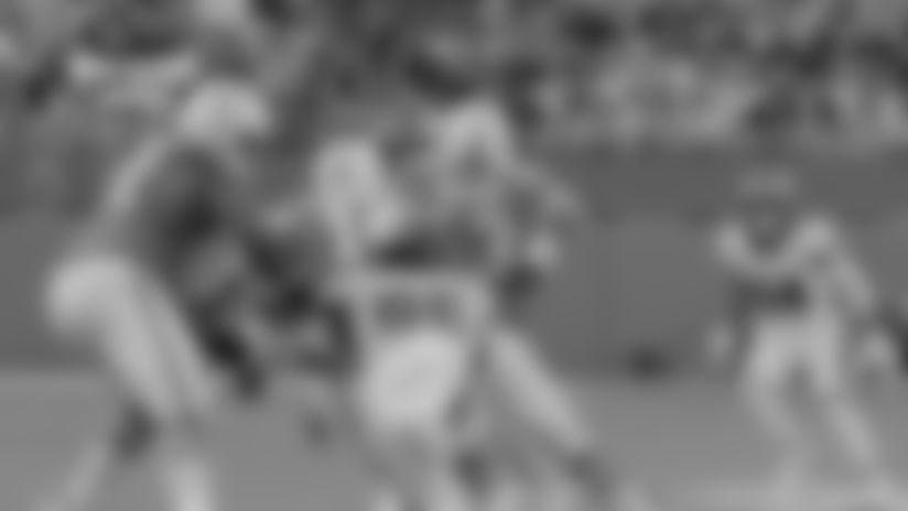 Merrill Cam: Derek Barnett collects a sack