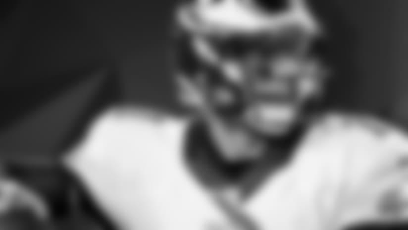 580App-Carson-Wentz-Player-Month-092916.jpg