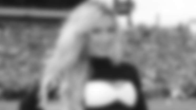 Maurisa_Cheerleader_Crucial_Catch_1920_100418