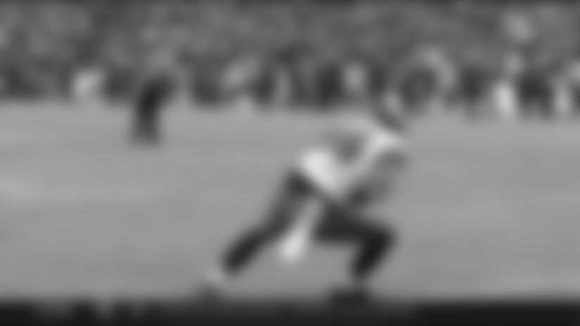 Highlight: Wentz finds wide-open Ertz for easy TD pass