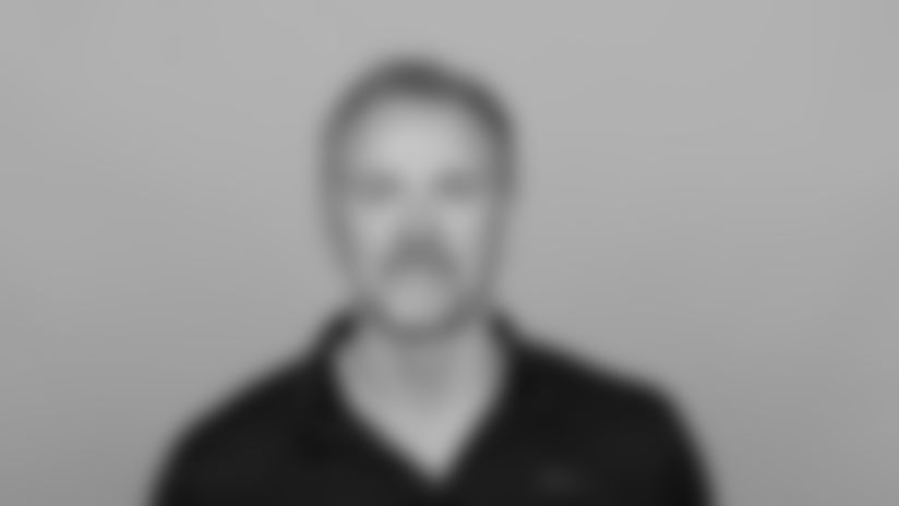 Headshot image of Atlanta Falcons Senior Assistant Steve Hoffman