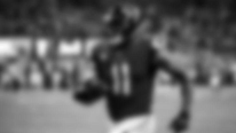 Atlanta Falcons wide receiver Julio Jones #11 runs the ball for a 54-yard touchdown during the fourth quarter against the Philadelphia Eagles at Mercedes-Benz Stadium in Atlanta, GA, on Sunday September 15, 2019. (Photo by Lynn Bass/Atlanta Falcons)