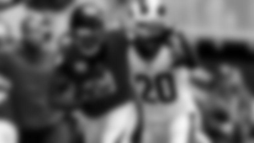 Takeaways: Matt Ryan injured, Rams' pass rush shines, more