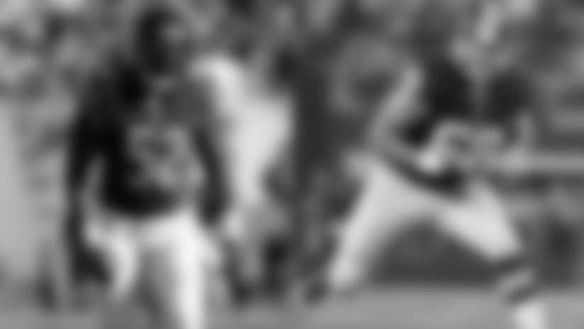 Falcons Sign LB Reynolds, T Compton