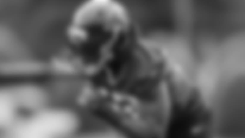DE Bruce Irvin  Atlanta Falcons/ Kara Durrette