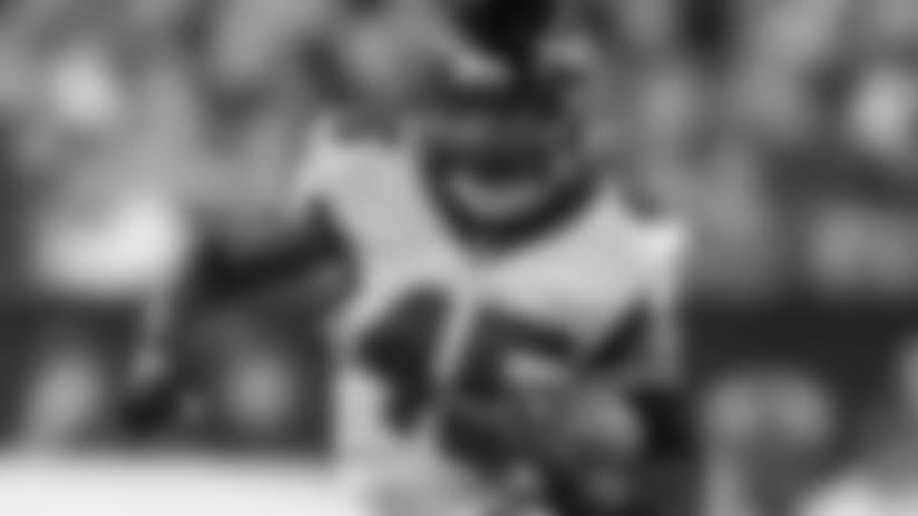 Falcons placing Deion Jones on IR with foot injury