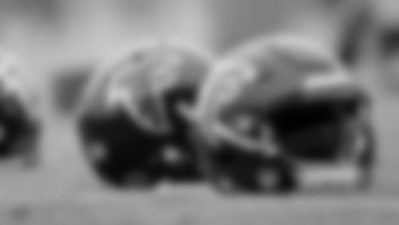 Helmets_KL_151217_falcons_practice_0253