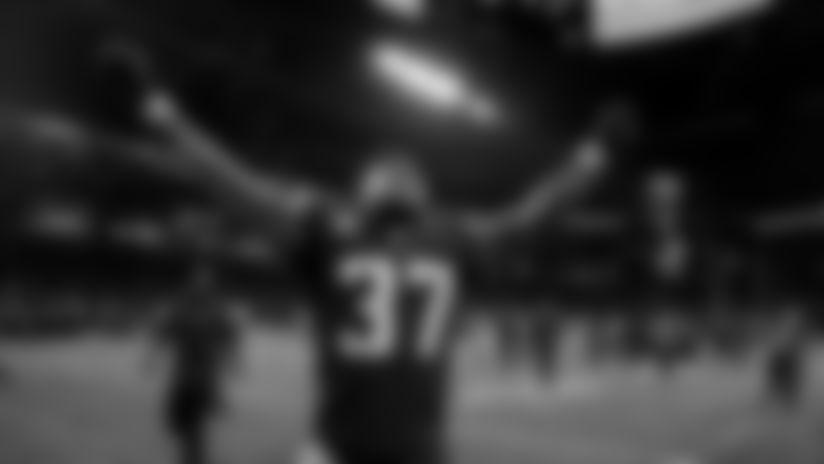 Atlanta Falcons free safety Ricardo Allen #37 celebrates after defeating the Philadelphia Eagles 24-20 at Mercedes-Benz Stadium in Atlanta, GA, on Sunday September 15, 2019. (Photo by AJ Reynolds/Atlanta Falcons)