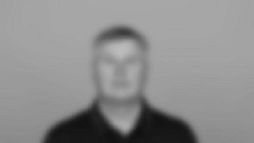 Headshot image of Atlanta Falcons Wide Receivers Coach Dave Brock