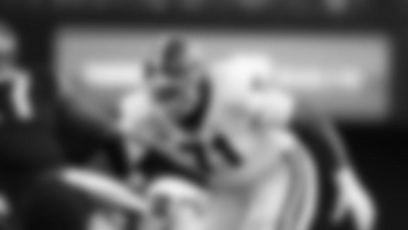 Georgia Bulldogs offensive lineman Andrew Thomas (71) pursues against the Vanderbilt Commodores during an NCAA football game on Saturday, Aug. 31, 2019 in Nashville, Tenn. (AP Photo/Brett Carlsen)