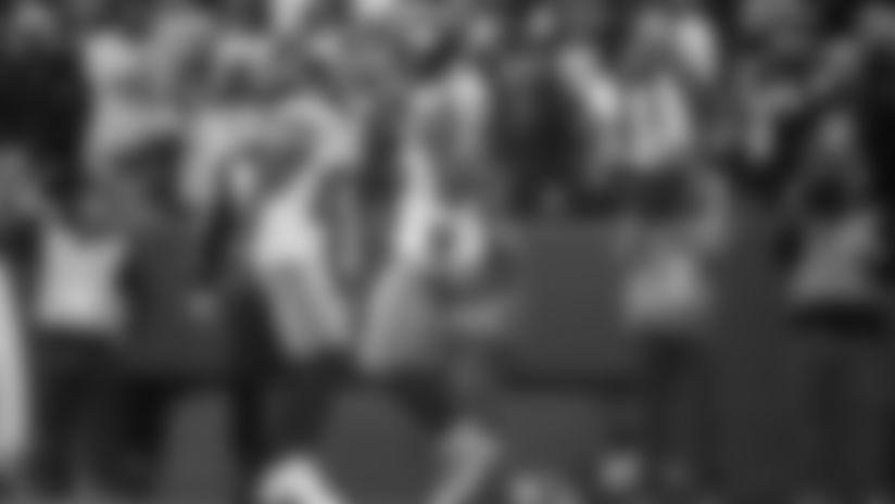 纽约的纽约,纽约的两个月,在美国的一场比赛中,约翰菲尔德,被逮捕,亨利·巴斯,亨利·巴斯,我发现了,他的对手,没有一条比赛,从圣何塞的决赛中,被逮捕了,而你的球队,是我的。黑暗的黑铜色提供认证和