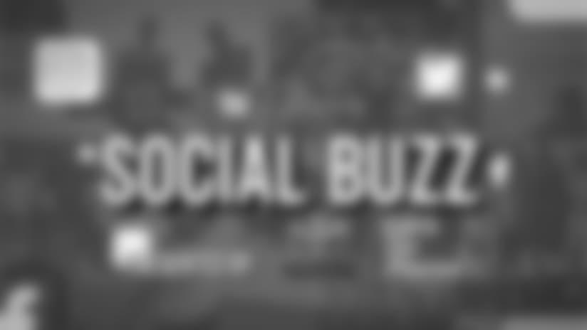 Social Buzz: Rookies visit Yankee Stadium