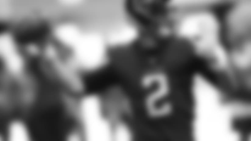 Atlanta Falcons quarterback Matt Ryan (2) works against the Tampa Bay Buccaneers during the first half of an NFL football game, Sunday, Oct. 14, 2018, in Atlanta. (AP Photo/John Bazemore)