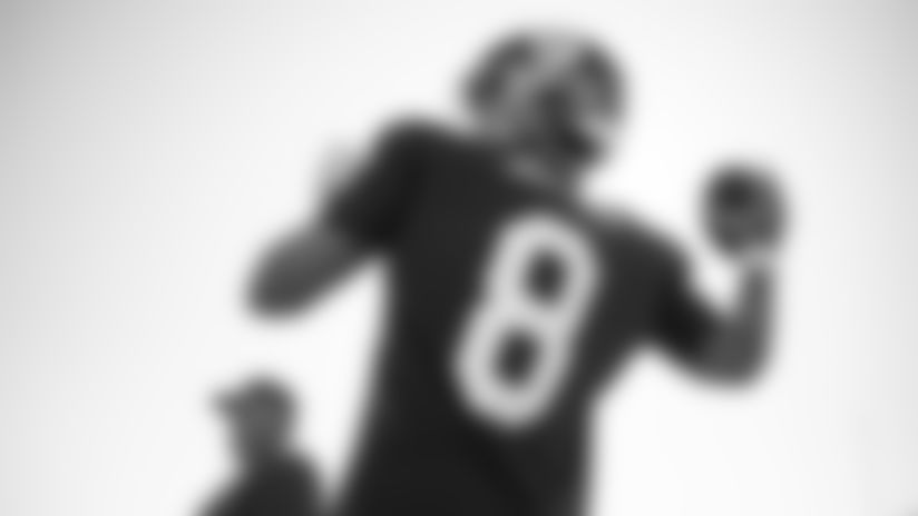 QB Daniel Jones (8)