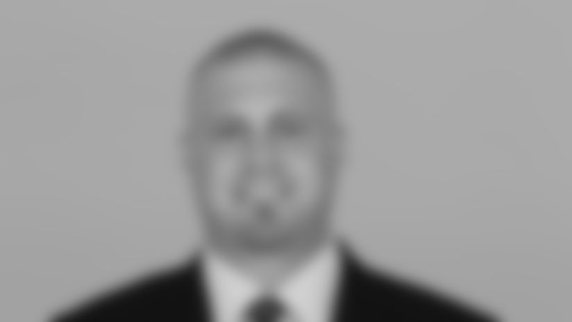 This is a photo of Marc Colombo of the Dallas Cowboys NFL football team. This image reflects the Dallas Cowboys active roster as of Monday, July 2, 2018. (AP Photo)